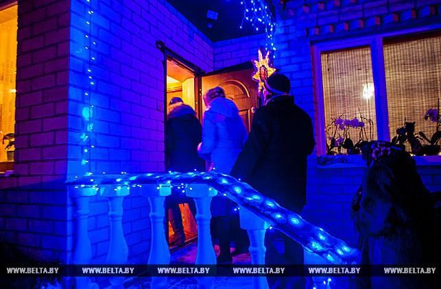 В Брестском районе колядовали и прославляли Рождество
